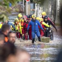 法國南部遭暴雨肆虐 11人喪命、2人失蹤、千人撤離