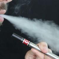 高中生電子煙吸食率翻倍 傷心、肺 更影響生長發育