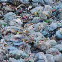 馬國美麗島成垃圾場進口50萬噸塑膠廢料