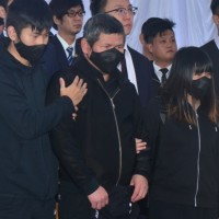 Family who lost 8 to deadly derailment in NE Taiwan consoles driver