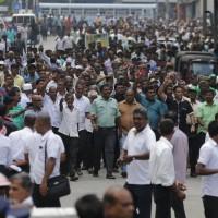 斯里蘭卡總統承諾召開議會 親印親中政治鬥爭何去何從?