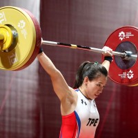 Taiwan's 'Goddess of Weightlifting' sets 2 world records