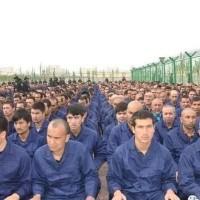 世界報:哈薩克人和維吾爾人陷中國地獄勞改營