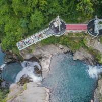 Hottest Taoyuan travel destination: Xiao Wulai Skywalk