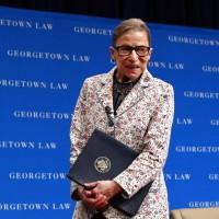 美國最高法院自由派法官跌倒送醫 川普或能任命新法官?