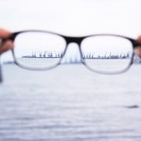 白內障手術合併矯正散光、老花 術後視力恢復1.0