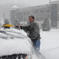 暴風雪肆虐美國東北 8人死亡、數十萬人無電可用