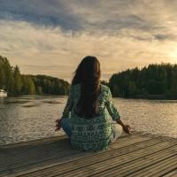 自然療法抗失智 冥想、瑜珈、打坐皆有助