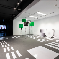 鳳甲錄像藝術「離線瀏覽」 多元探當代網路影像