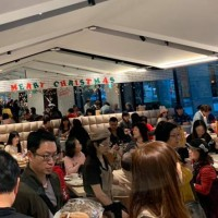 Bakery of Taiwan's controversial 'bread master' packed to the rafters