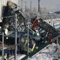土耳其高鐵相撞 7人死亡46人受傷