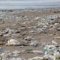 簡又新專欄 – 海洋廢棄物的問題需各國一起行動