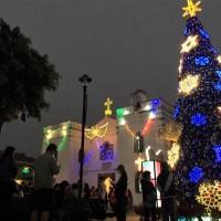 屏東「雙城耶誕」點燈 恆春古城嘉年華同步登場