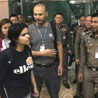 Saudi woman seeking asylum can stay temporarily in Thailand