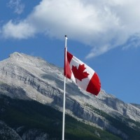 加拿大大開移民之門 三年內擬收百萬新移民