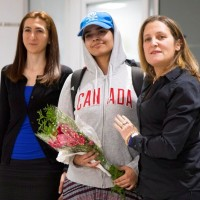 沙烏地18歲逃家女孩抵多倫多 加國外長讚揚「勇敢新加拿大人」