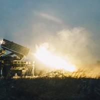 【影片】雷霆2000多管火箭齊發 國軍模擬痛擊共軍
