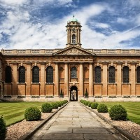 Oxford University bans research grants from China's Huawei Technologies