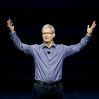 Apple CEO Tim Cook pushes for privacy protection