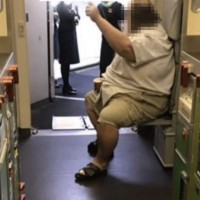 Obese American passenger who traumatized Taiwanese stewardess flying back to Taipei in May