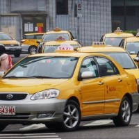 Taiwan taxi drivers call for resolution to 'Uber problem'