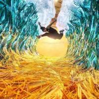 加拿大藝術家響應環保 撿17萬根吸管打造「巨浪」