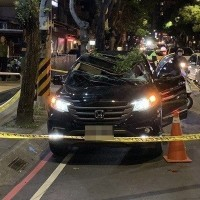 Teen survives 13-story fall onto SUV in New Taipei