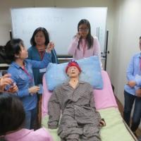 到宅一對一指導外籍看護工成效佳 台北市今年將續辦