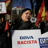 Spanish bank freezes hundreds of thousands of Chinese accounts, China demands explanation