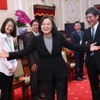 Tsai: Taiwan must move towards becoming an innovative economy
