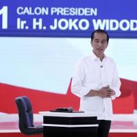 勝選機率下滑 印尼總統:假新聞害的