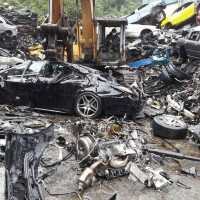 Taiwan smashes Mercedes S-class without license plates into scrap metal