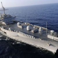 USS Blue Ridge, flagship of US Navy 7th Fleet makes Manila port call