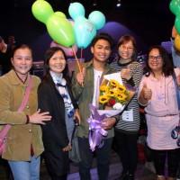 泰國新二代展音樂天分 揪好友開演唱會實現歌手夢
