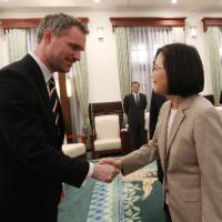 President Tsai thanks visiting Prague mayor for support of Taiwan