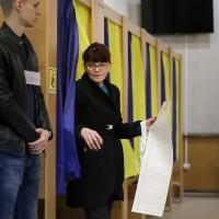 烏克蘭大選今登場 喜劇演員有望「弄假成真」當總統