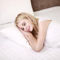 研究:睡前少碰3C 睡的好有助於血糖控制