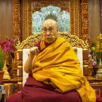 Dalai Lama greets Taiwanese Buddhists via live video address
