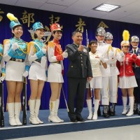 Taiwan defense ministry considering deploying female honor guards