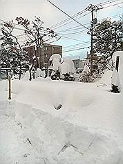 北海道降暴風雪 各地交通恐中斷