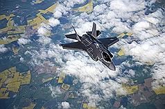 燃料管出問題 美國停止F35運作進行檢查