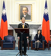 Taiwan envoy describes encounter with Chinese leader as natural and pleasant