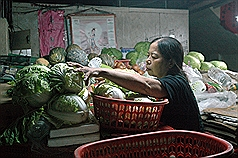 Taiwan vegetable seller honored by TIME for philanthropy to retire