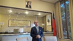 駐美代表投書華郵 九合一選舉顯示臺灣為民主燈塔