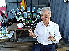 Taiwanese man plays Pokémon GO on 15 smartphones