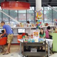 芝加哥公共圖書館華埠分館  滿足華裔使用需求